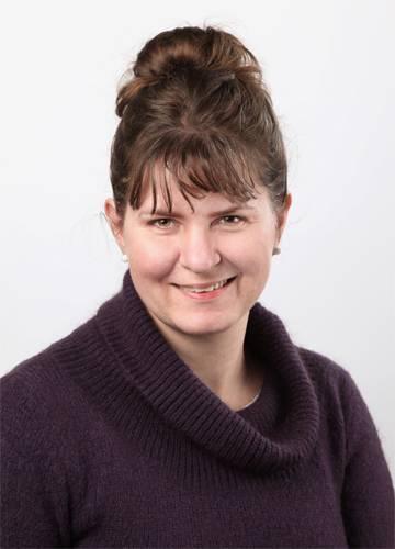 Zsankó Eszter angol, magyar, német tanár Babilon Nyelviskola